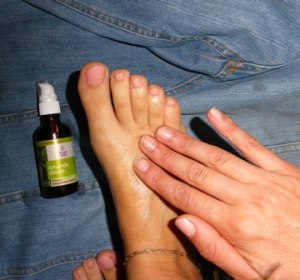pieds-amande-douce-huile