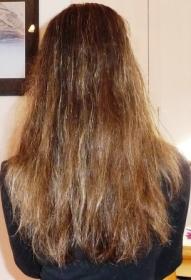 cheveux après shampoing et après shampoing seché à l'air libre