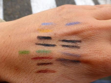 Kajals Soultree les couleurs sur peau noir cold en 2, vert empire à gauche.JPG