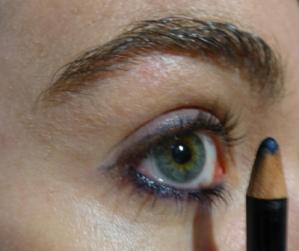 crayon bleu foncé Benecos