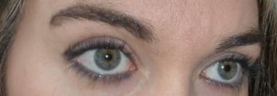 Maquillage Benecos yeux crayon gris et mascara deep blue ocean .JPG