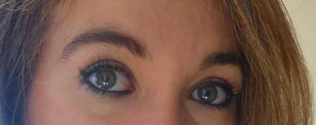 maquillage yeux crayon vert et noir mascara marine Benecos.JPG
