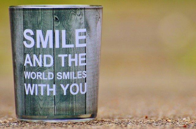UNE-smile-1391004_640